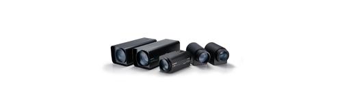 Motorized zoom lenses
